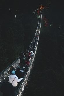 Wie ktoś może gdzie znajduje się taki oświetlony mostek?