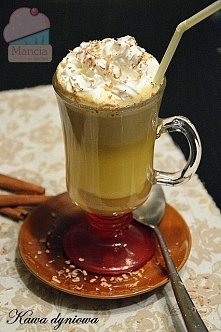 Rozgrzewająca kawa dyniowa ...