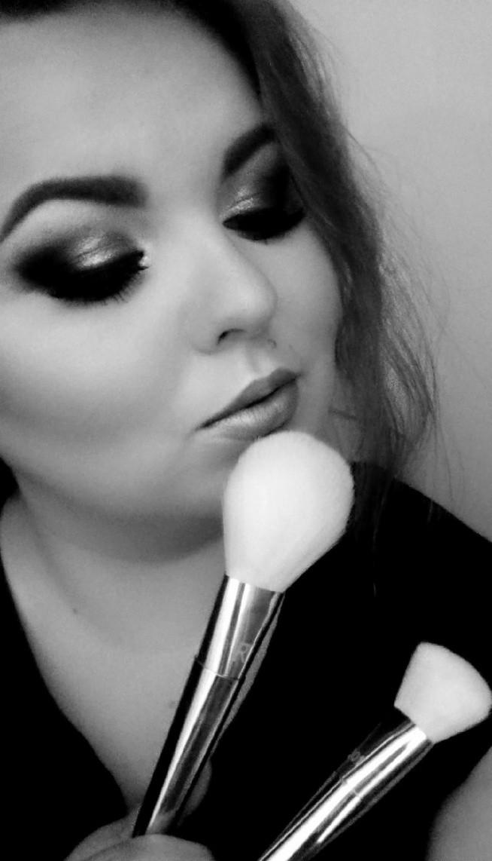 Zapraszam na nowy make-up na moją stronę :) Link zostawiam w komentarzu. Pozdrawiam ;)