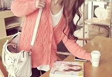 sweterek :)  xladyex.blogspot.com/