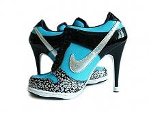 Womens Tiffany Blue Nikes D...