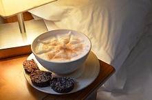 Kawa i ciasteczka owsiane. ...
