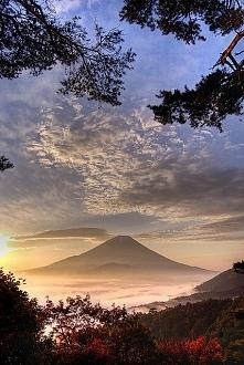 Wschód słońca nad górą Fuji