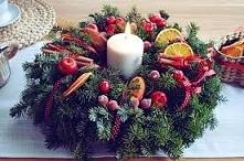 Świąteczny stroik ze świeczką