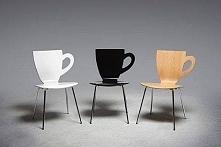 Krzesełka. W sam raz do kawiarni :).