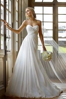 Beaded 2015 Court Train Ruffles Wedding Dress