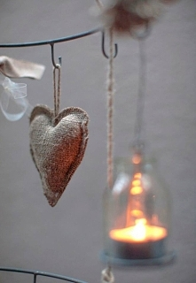 bądź moim światełkiem. sercem.