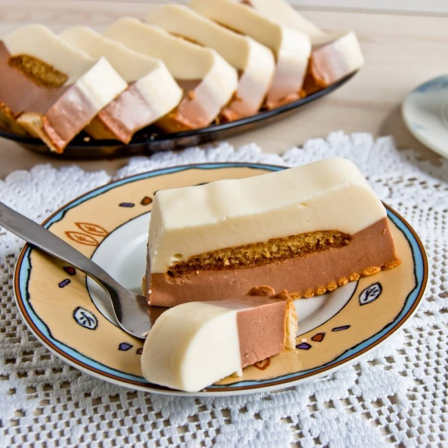 Sernik na zimno z czekoladą. Przepis po kliknięciu w zdjęcie.