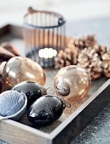 Piękna, świąteczna a do tego dowolnie wykonana taca ze świąteczną dekorację, ...