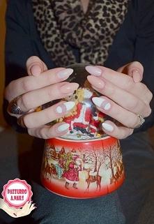 Świąteczny space manicure :)