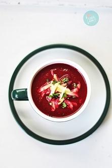 Zupa krem z pieczonych buraków z wędzonym serem