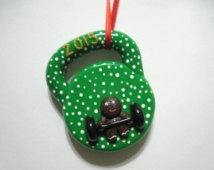 Ciasteczka na choinkę - Kettlebell ❤️ Fitness :)  Bardzo oryginalna ozdoba na Bożonarodzeniową Choinkę ;)  FitPlanner - wyszukiwarka zajęć sportowych, klubów fitness, siłowni i instruktorów.