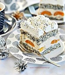 """Ciasto """"Makowa Panienka"""" z morelami i orzechami. Przepis po kliknięciu w zdjęcie."""