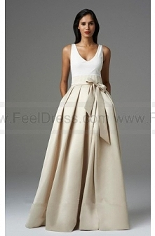Pleated Perfection Bow Even...
