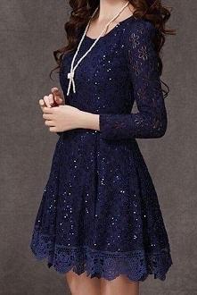Sprzedam taką sukienkę, tyle że czarną ;)cena 130zł. Więcej zdjęć po pobrania, link w komentarzu ;)