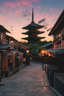 zachód słońca w Kyoto