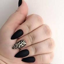 czarny i centki, ciekawie to wyglada :)