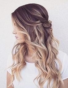 Doradźcie mi. Przefarbować włosy tak jak na zdj czy normalnie na blond? Mam w...