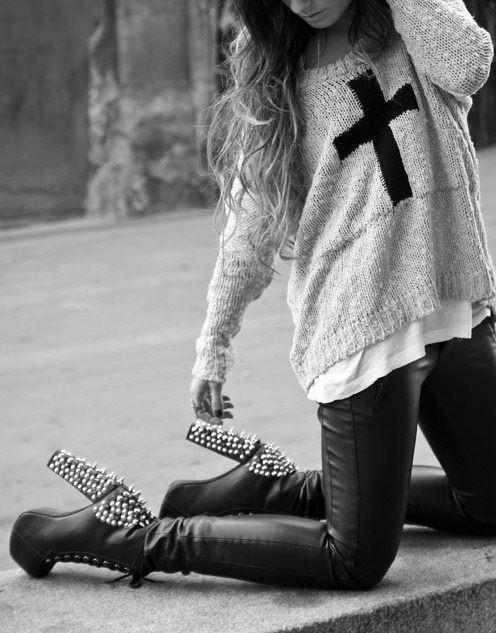 krzyż :3