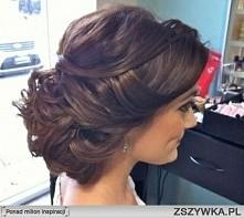 piekna romantyczna fryzura slubna