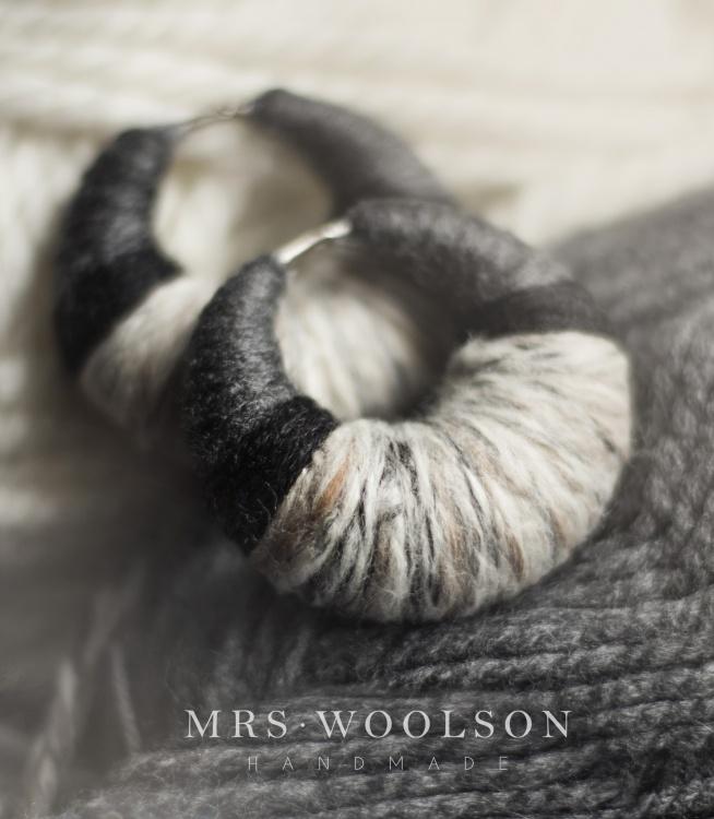 Kolczyki do tuneli. W tym stylu chciałabym tworzyć pod nazwą Mrs. Woolson i bardziej skupić się na samej wełnie. Zapraszam na mój FB: Mrs. Woolson! Pozdrawiam