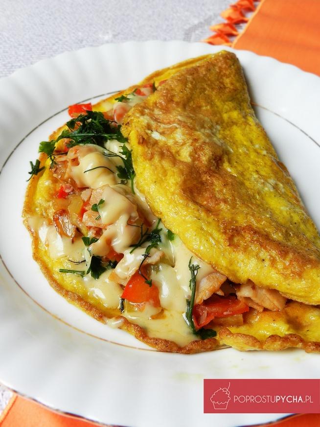 Wypasiony omlet. Przepis krok po kroku po kliknieciu w zdjęcie.