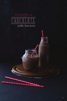 Smoothie czekoladowe z bananem