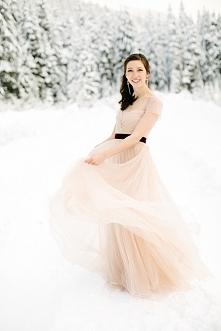 Romantyczny ślub w zimowej scenerii | prettyday.pl | Fot. Nikki Closser