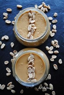 Domowe masło orzechowe w wersji crunchy i smooth! Przepis po kliknięciu w zdjęcie.