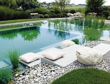 Nowoczesny staw kąpielowy