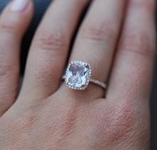 Przepiękny pierścionek