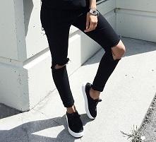 lubicie spodnie z dziurami? :)
