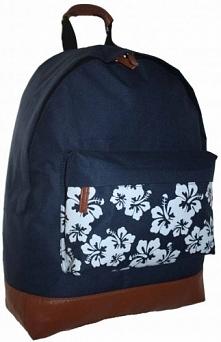 Plecak z ozdobnymi kwiatami