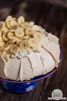 Cytrynowa pavlova z bananami