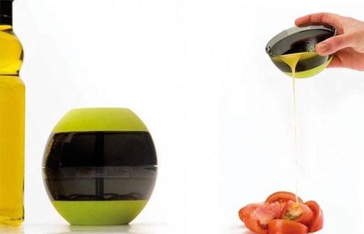 Jak szybko zrobić pyszny sos lub dressing do sałatek za pomocą shakera