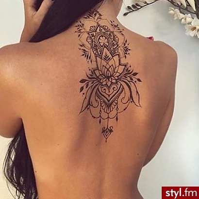 Tattoo Back Tatuaż Na Plecach Lilia Na Tattoos Zszywkapl