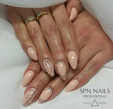 Żel + hybryda + paint gel + cyrkonie   Nails by Agnieszka, AH Nails Thorne, S...