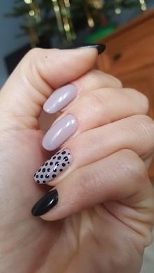 Moje pierwsze przedłużone paznokcie hybrydowe. Co myślicie?