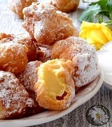 Frittelle di Carnevale czyli włoskie pączki nadziewane kremem
