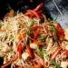 Chow mein z kurczakiem   Sk...