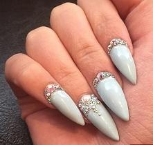 paznokcie z blaskiem <3