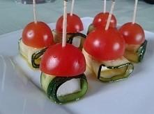 Grillowana cukinia z fetą i pomidorkami