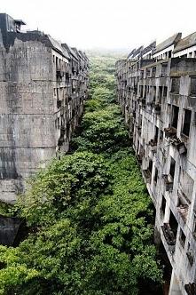 Ghost Town Keelung, Taiwan ...