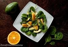 SKŁADNIKI (na 2 porcje) – 1 dojrzałe awokado – 1 duża pomarańcza – 2 duże gar...