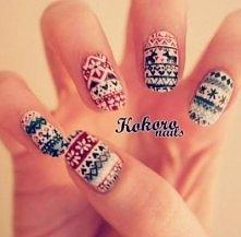 Manicure w sweterkowy wzorek :)
