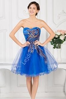 Sukienka na wesele - chabrowa z haftowanym kwiatem