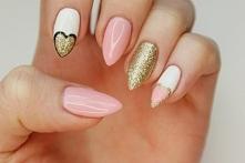 stylowy ;) takie paznokcie chciałabym mieć <3 *.*