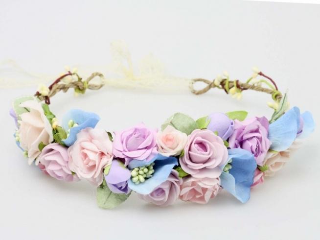 Pastelowy wianuszek ślubny w odcieniach różu i błękitu. Do kupienia w sklepie internetowym Madame Allure!