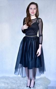 Kolejne zdjęcie uszytej spódnicy tiulowej:)