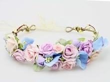 Pastelowy wianuszek ślubny w odcieniach różu i błękitu. Do kupienia w sklepie...